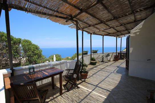 ponza-b&b-il-cigno-balcone-sul-mare