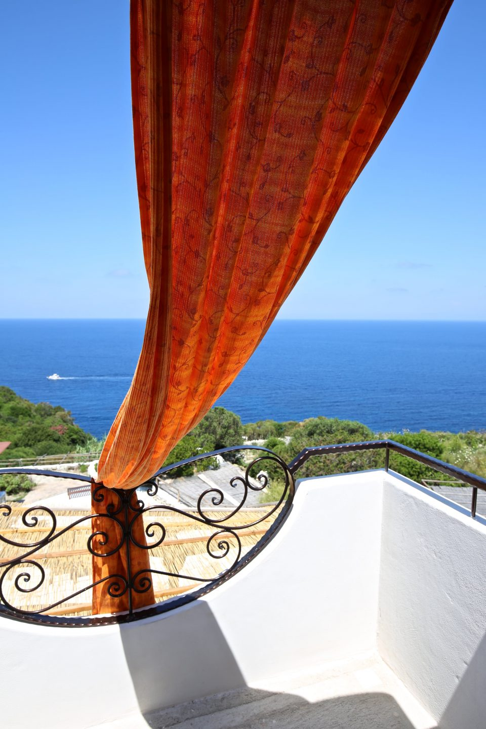 ponza-b&b-camera-tripla-vista-mare